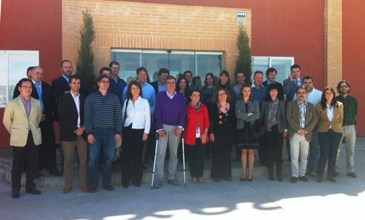 Jóvenes Empresarios de Castilla y León en la entrada de Cascajares