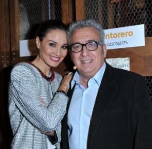 Juncal Rivero y Leo Harlem presentadores de la Subasta